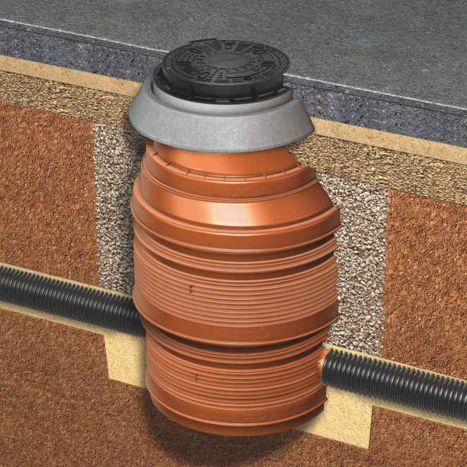 Example of a composite cover topping a PRO 1000/800 manhole